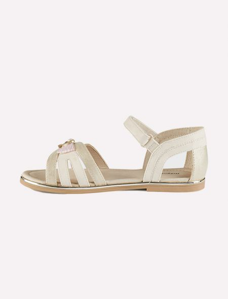 Ceremony sandals for girl...